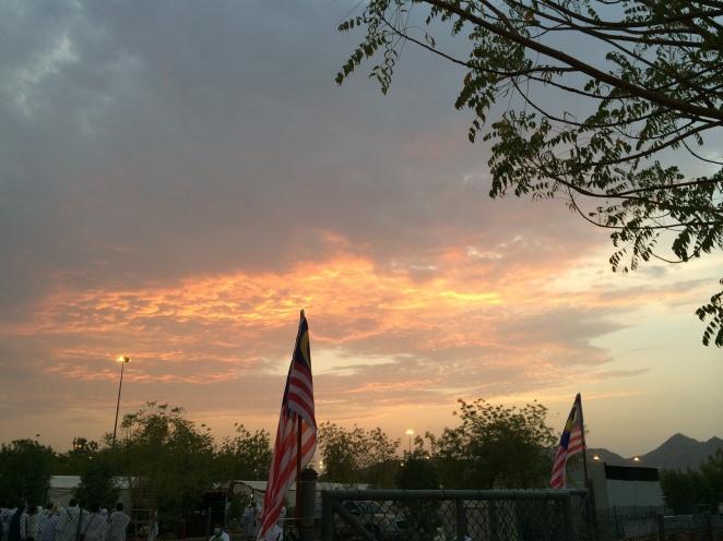 Langit Arafah pada 9 Zulhijjah, menghampiri waktu Maghrib